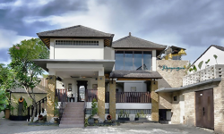 The Khayangan Dreams Villa